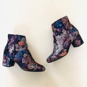 Zigi Soho Floral Ankle Boots 8